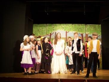 Cast Singing